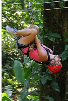 Der letzte Zipline ist eine kostenlose Stil ein, die für schön und viel Spaß erlaubt